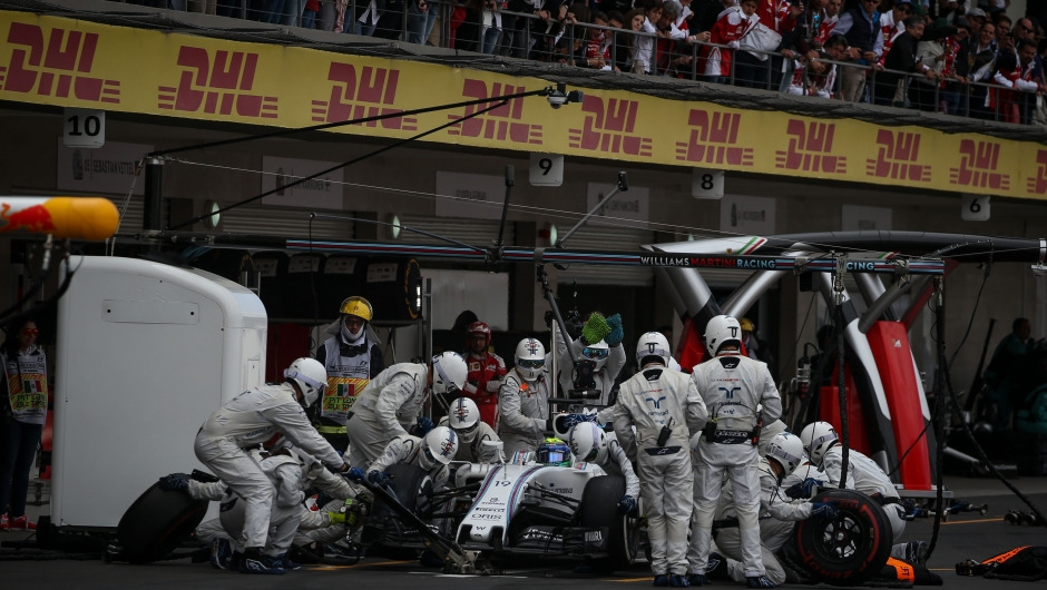 Wider tires bring changes to pit stops
