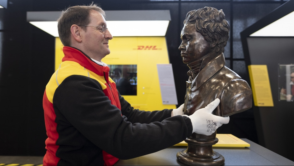 Desarrollando y transportando 'BTHVN on Tour' – por DHL