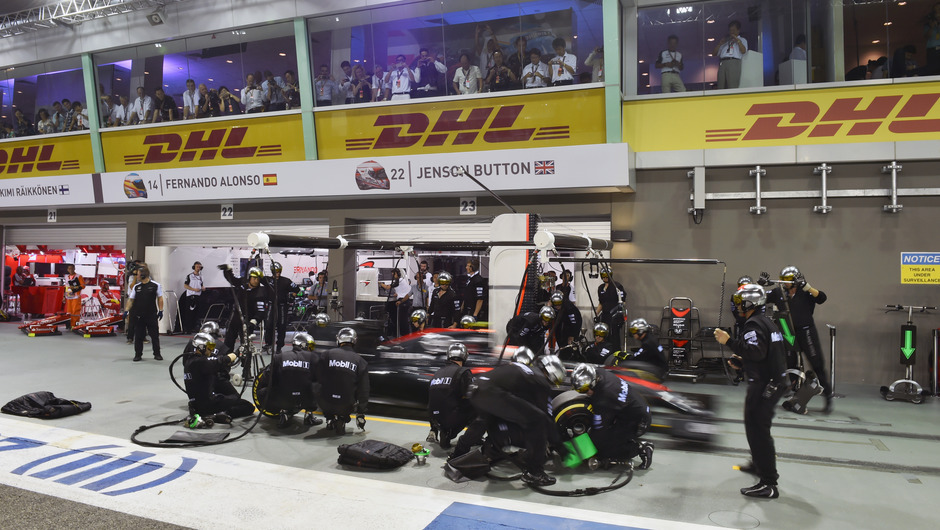 Explained: This is how a Formula One pit stop works