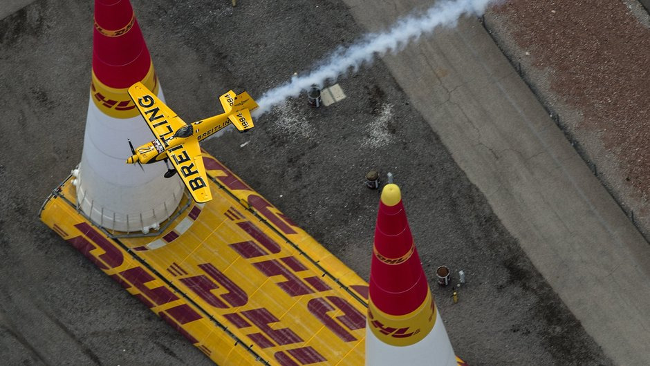 Red Bull Air Race: 2015 champion is crowned