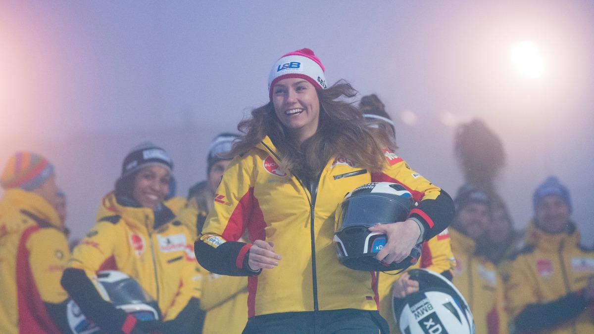 Ein magischer Moment für Laura Nolte: Nach dem Weltcup in La Plagne fuhr sie in Innsbruck-Igls erneut aufs Podest. (Foto: Viesturs Lacis)