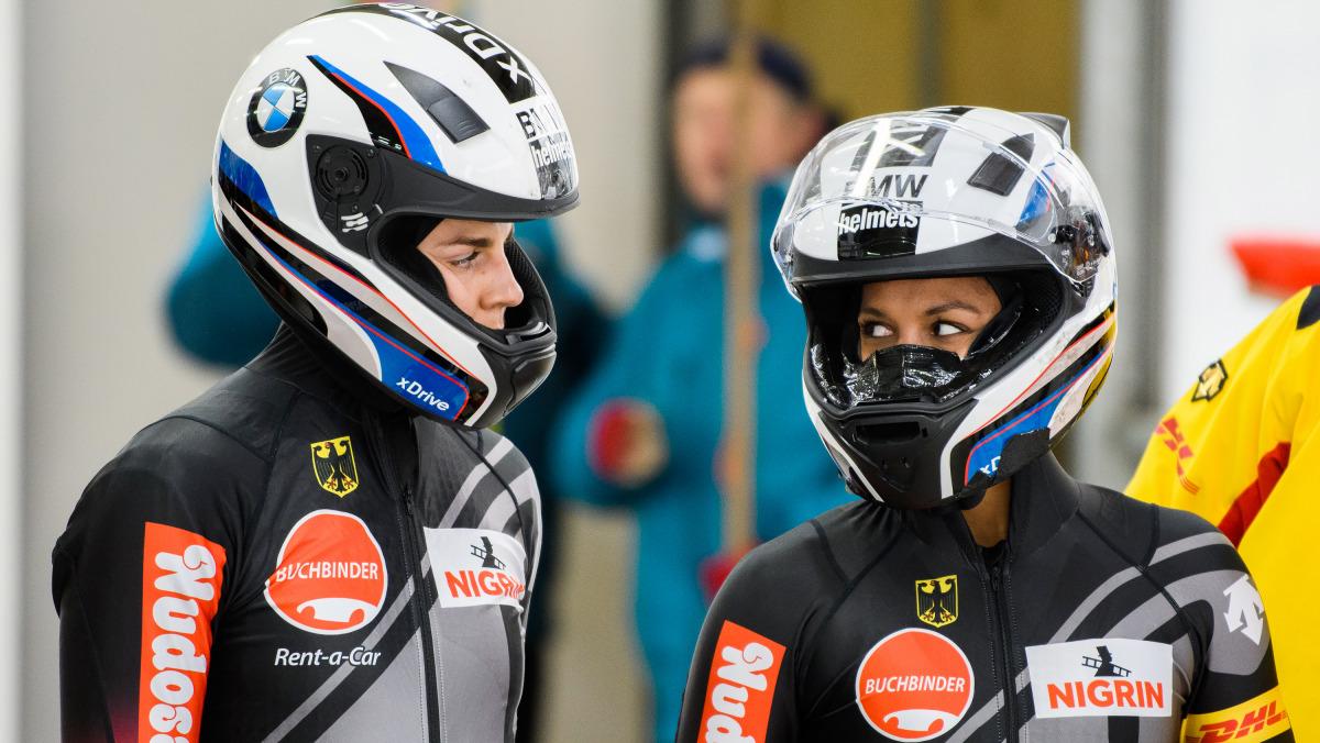 Mariana Jamanka (re.) und Anschieberin Annika Drazek fahren bei der WM 2020 in Altenberg auf Platz vier.