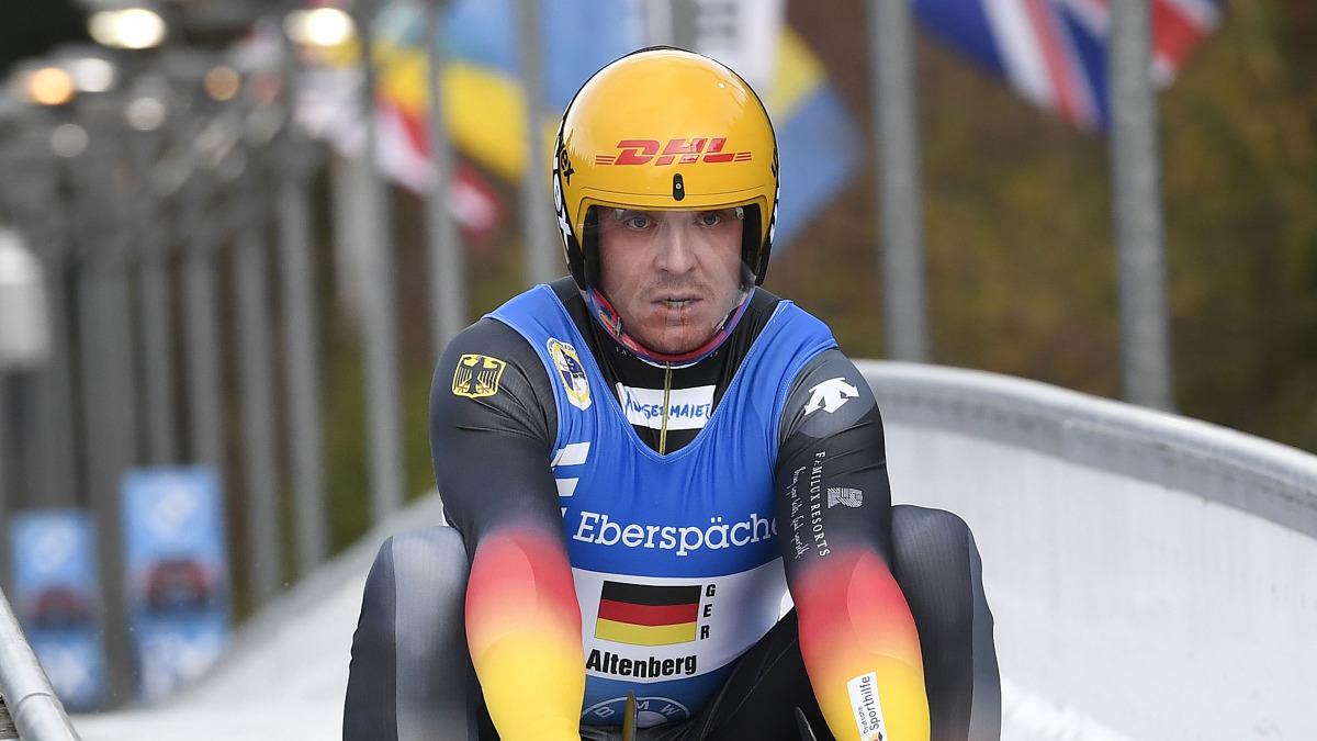 Felix Loch holt sich auf der Bahn beim Rennrodel-Weltcup 2020 in Altenberg den Sieg: Glückwunsch! (Foto: Dietmar Reker)