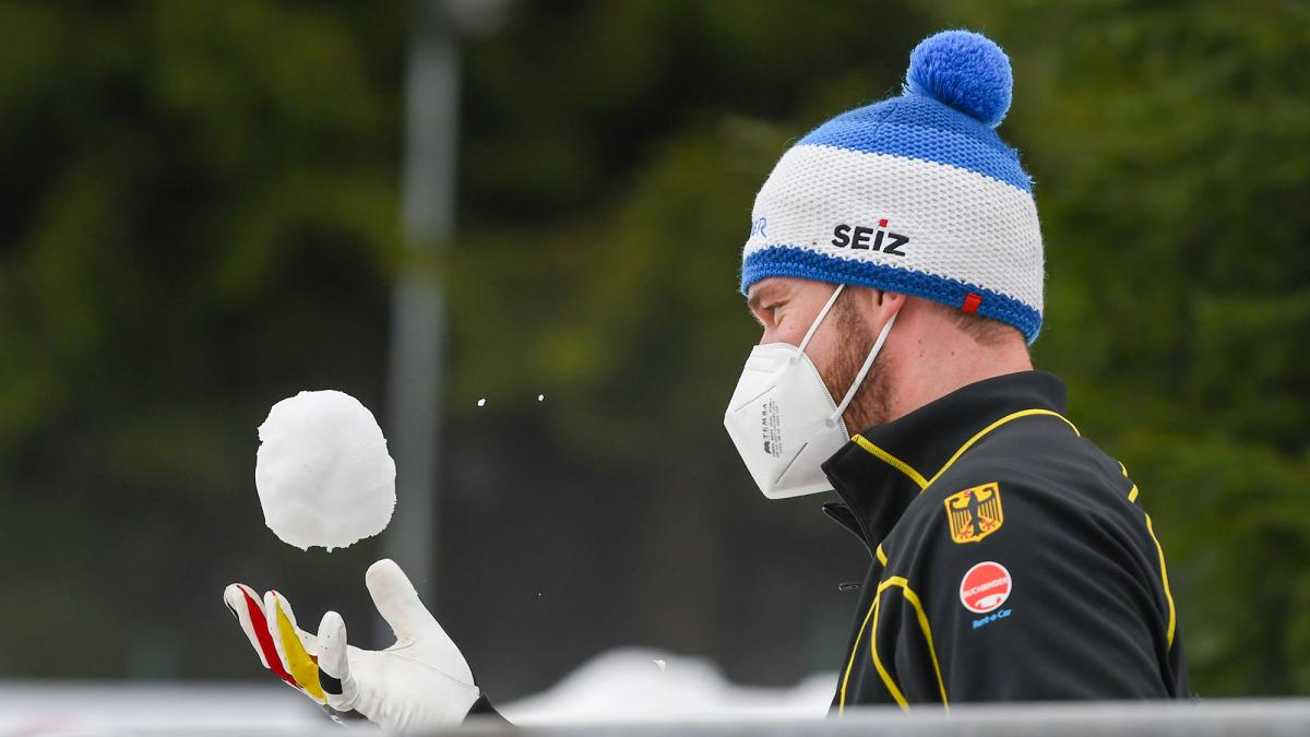 Ganz entspannt war Hansi Lochner hier und hat zwischendurch den Schnee genossen. (Foto: Viesturs Lacis)