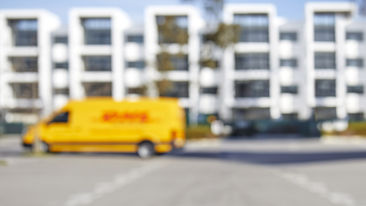 DHL Delivery Car