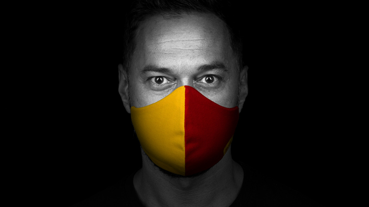 """<p class=""""quote"""">""""I am a German of Turkish descent, so I know what everyday racism is all about. Some people are downright nasty; others just careless or inconsiderate. That's why I'm glad my employer has taken a clear stand against racism.""""<b class=""""quote-source"""">Murat</b></p>"""