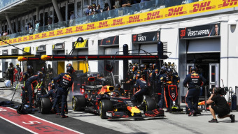 Red Bull Racing with another pit stop world record
