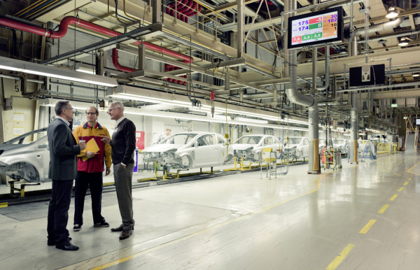 DHL and the automotive industry