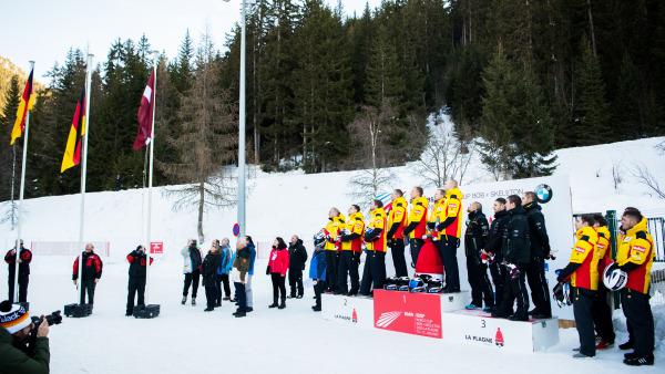 Gelb dominiert: Die deutschen 4er-Bobs legten beim Weltcup in La Plagne einen Zweifachtriumph hin. (Foto: Viesturs Lacis)