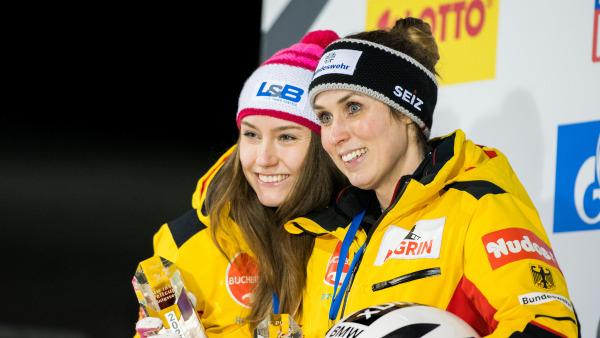 Dreamteam: Die Bobpilotin Laura Nolte (li.) und ihre namensverwandte Anschieberin Erline Nolte holten sich Platz zwei. (Foto: Viesturs Lacis)