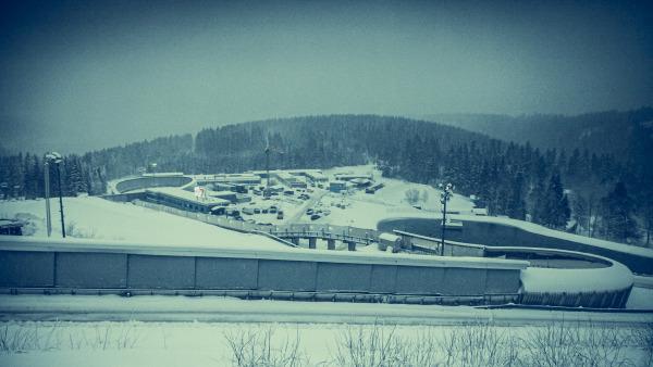 Überhaupt: die LOTTO Thüringen EISARENA Oberhof – ein einziges Wintermärchen. Optimale Voraussetzungen also Spitzen-Rennrodelsport beim 7. Eberspächer Weltcup in dieser Saison. (Foto: ManLV)